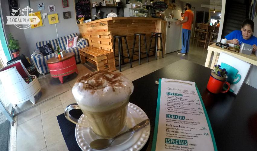 Black Cat: café vegetariano e vegano em Foz do Iguaçu