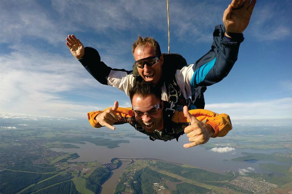 SkydiveFoz: Guia Completo de Paraquedismo em Foz do Iguaçu