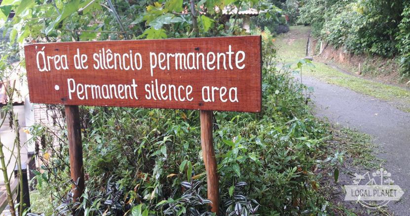 Voto de silêncio em retiro de meditação Vipassana