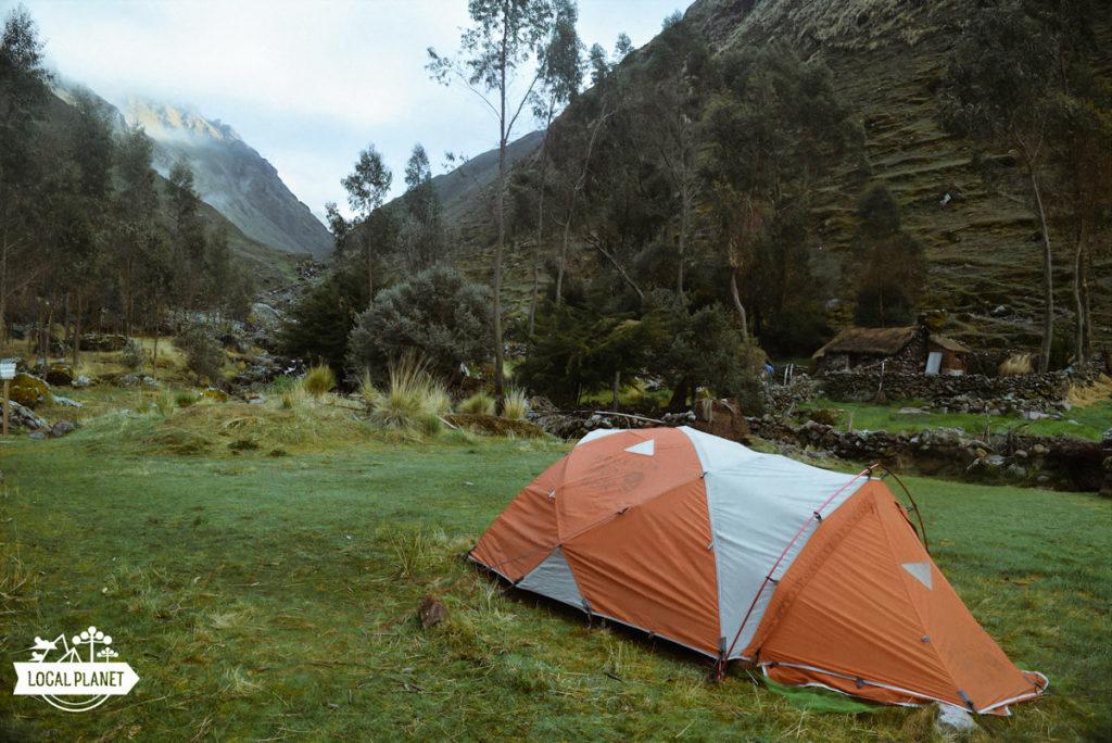 Barraca de camping na Cordilheira dos Andes